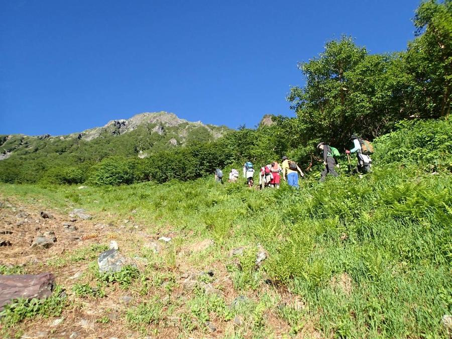 Hike from Okanba-sawa Futamata