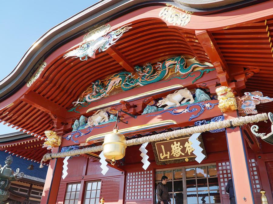 Musashimitake-jinja Shrine on Mt. Mitake's summit. It's a 30-minute walk from Mitakesan Station.