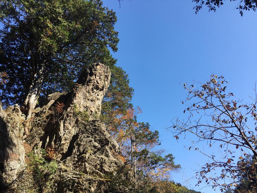 Tengu-iwa Rock. You can climb it from behind.