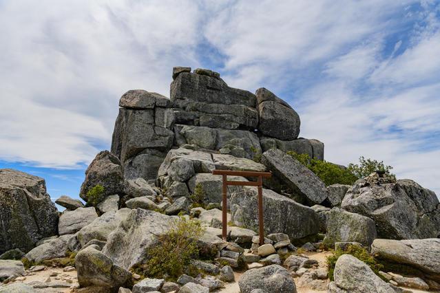 The Gojo-iwa rock, a symbol of Mt. Kinpu.